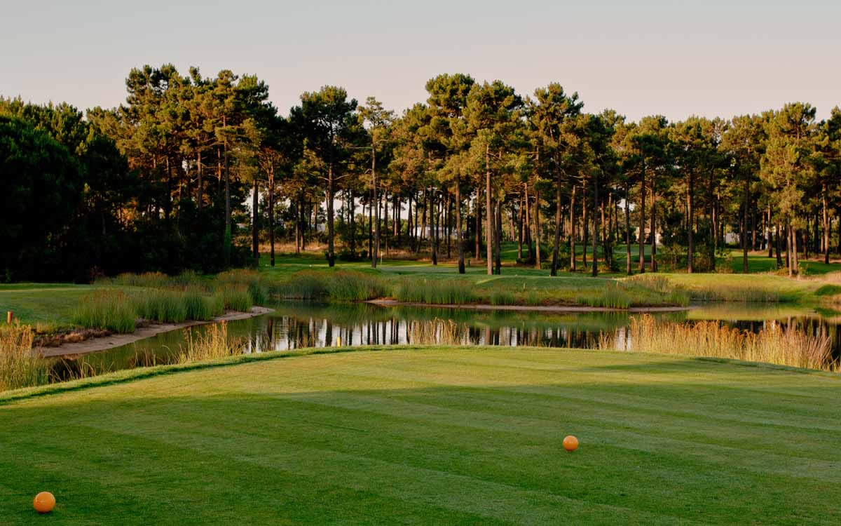the 6th tee at Aroeira 2 Golf Course