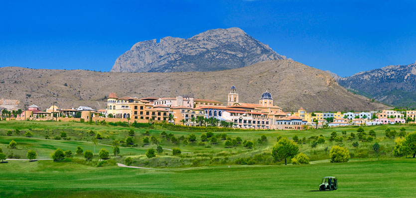 a view of the Villaitana Golf Resort Hotel from the Levante golf course