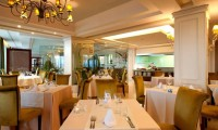 dining room of the fuerte marbella hotel