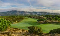 the 9th green of Oitavos Dunes golf course