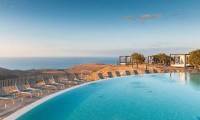 a rooftop swimming pool - Sheraton Salobre Golf Resort & Spa